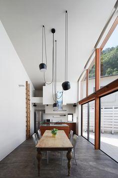 Irita Beach House by FEDL