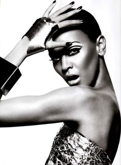 Liya Vogue Japan Feb 2009 PRECIOUS METAL a #fashion #vogue #photography #fashion photography #black white