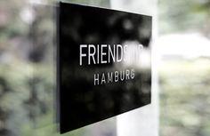 In Friendship we trust!