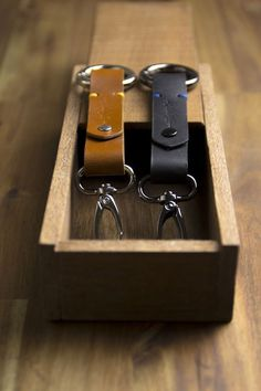 www.doloopleather.com #keychain #wood #handmade #leather #key #ring