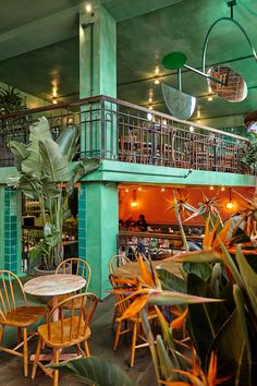 Bar Botanique Cafe Tropique by Studio Modijefsky
