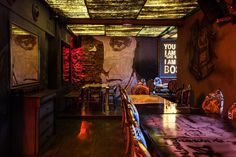 Gangsta's Cafe & Bar