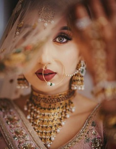 Seducingly Red bridal lip makeup