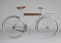 Another nice grey/white bike combo / reference #white #bike #grey