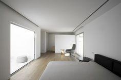 House H by Bojaus Arquitectura #interior #minimalist #minimalism