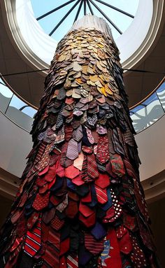 Isaac Amala & Liz Simpson | PICDIT #design #sculpture #art #installation