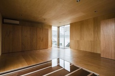 House in Kitaurawa by Hitoshi Wakamatsu Architect + Associates