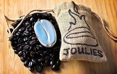 Google Image Result for http://helablog.com/wp-content/uploads/2011/03/coffee_joulies_2.jpg #coffee #design #branding
