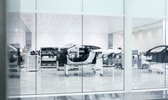 All sizes | MCLAREN_TECHCENTRE_35 | Flickr Photo Sharing! #interior #white #automotive #mclaren #auto #factory #car