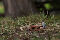 Slinkachu_little_people_street_art_4 #art #miniature #diorama