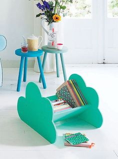 DIY Cloud Book Caddy via 101woonideeen #interior #room #design #decor #deco #kids #childrens #decoration