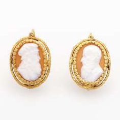 Earrings m. 2 shell cameos
