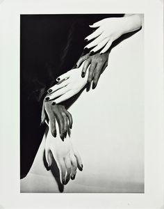 Horst_Haende.jpg 708 × 900 Pixel #p #horst #photography #1940