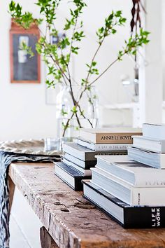 scandinavian white home books #interior #design #decor #deco #decoration