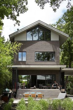 Show House is a Contemporary Take on a Traditional Building Form 2