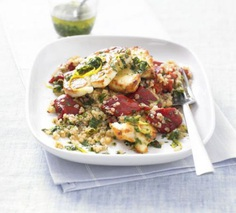 Warm quinoa salad with grilled halloumi and red peppers