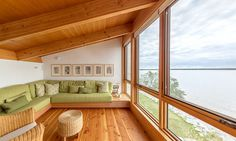 Wooden Beach Cottage by Cibinel Architecture