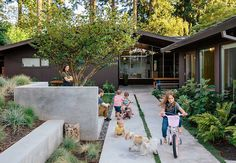 Mid-Century House Upgraded by Jessica Helgerson Interior Design 18