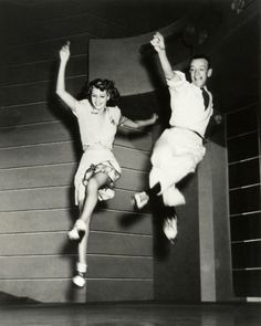 http://littlealouetteblog.tumblr.com/post/2627131408/suicideblonde-rita-hayworth-and-fred-astaire #photography #dancers
