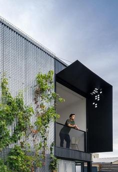Garden Studio Retreat by MODO Architecture