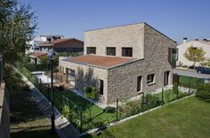 Traditional Family House Made of Sandstone: Project DG in Spain #spain #architecture