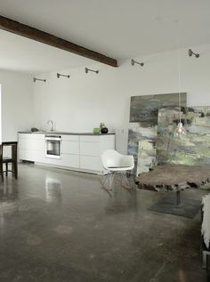 Minimalist kitchen #interior #house #modern #rustic #architecture #studio #art #paintings #artist
