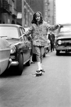 billeppridgeskateboardinginnyc_17.jpeg #1960s #new york #nyc #oldschool #bw #skateboard