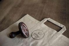 Eszter Laki - http://www.behance.net/lakieszti #logo #stamp #branding