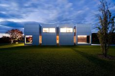 Inciting Symmetry: Weekend House Comprising Box-Shaped Volumes #architecture