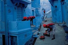 YOU MIGHT FIND YOURSELF #india #steve #mccurry