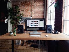 Luke Beard\'s Desk.
