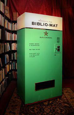 Bookshelf Porn #vending