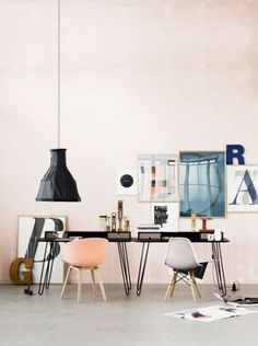 La maison d'Anna G.: Rum dk #interior #chair #design #eames #furniture #desk #workspace #typography