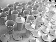 LA TEORÍA DEL DIOS DEL JAZZ #white #del #ceramics #teoria #jazz #design #product #la #industrial #art #guijarro #sergio #dios