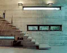 Art studio modern stairs #sculptures #architecture #warehouse #art #paintings #studio #artist