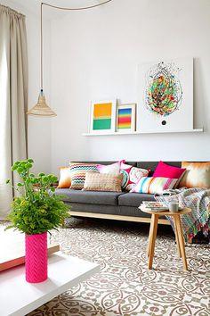 Piso Pereiv Apartment in Barcelona / MIEL Arquitectos