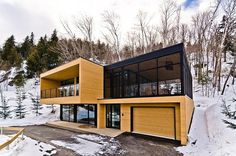 Cozy Haven Nested in the Laurentians, Canada: Via Sauvagia House