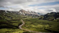 Beautiful landscape images of Iceland captured by Stefan Stammbach design inspiration designblog high quality www.mindsparklemag.com