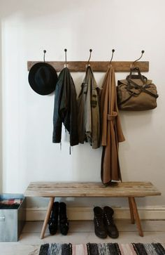 Entrance #wood #white #clothing #hanger #bench