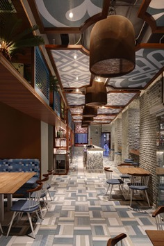 Restaurant by Paco Lago Interioriza