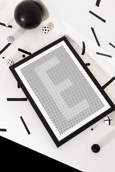 Silvia Baz #white #illusion #design #graphic #contrast #black #silvia #dots #baz #typography