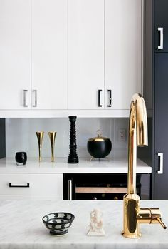 designtraveller #gold #kitchen #white #black
