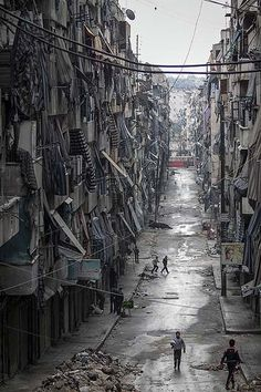 Living under siege: Life in Aleppo, Syria Framework Photos and Video Visual Storytelling from the Los Angeles Times #aleppo #syria #architecture #fields #urbanism #facades