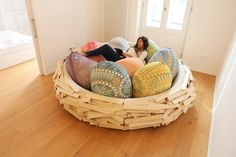 Giant Birdsnest for Creating New Ideas