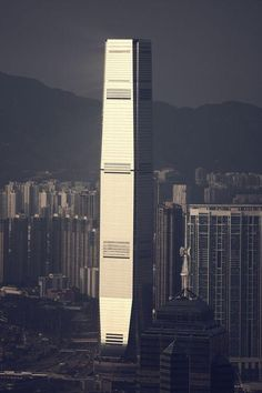 ICC Building. Hong Kong. #architecture #travel #shot #asia #colors #sunset #Picture #photo #hongkong