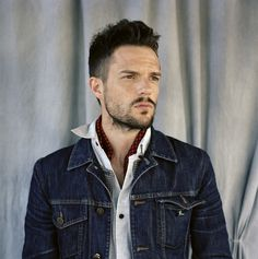 File:Brandon Flowers.jpeg #denim
