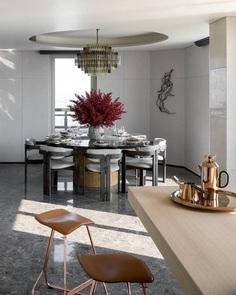 Penthouse of Vanke Metropolis No. 79 in Hangzhou, More Design Office 5