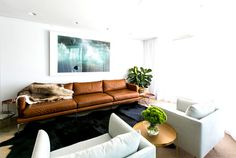 Sidney chic coastal residence by C+M Studio coastal residence living room warm natural materials #living room #interior #interior design #so