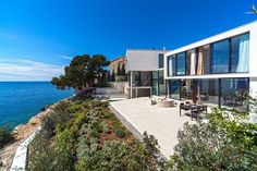 High-End Croatian Resort Overlooking the Adriatic Sea: Golden Rays Villa #architecture #villa