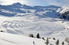Abstract land art in landscape #3d #his #france #each #pai #snow #is #there #the #it #creating #and #art #when #artis #winter